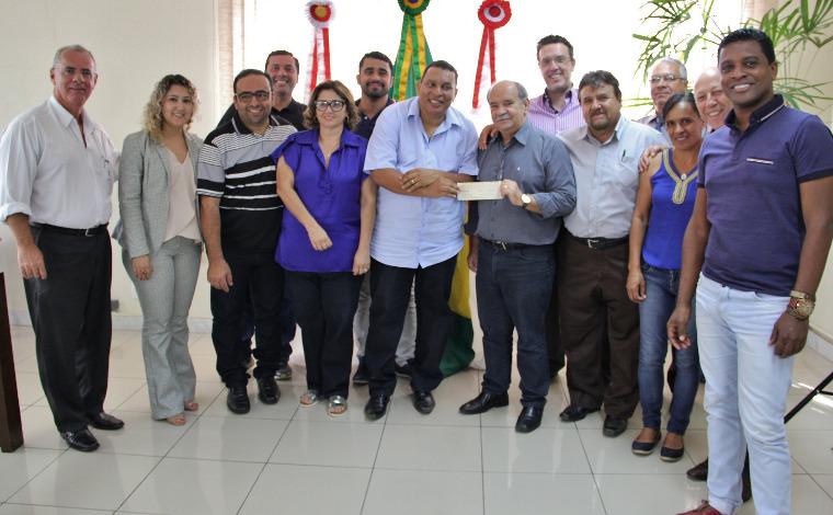 Prefeitura recebe de volta R$ 1 milhão economizado pela Câmara