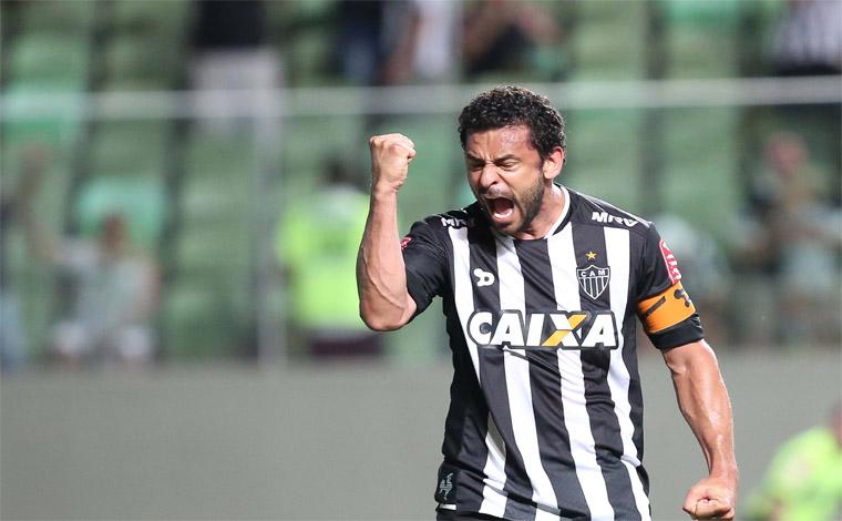 Atlético comunica rescisão amigável de contrato com centro-avante Fred