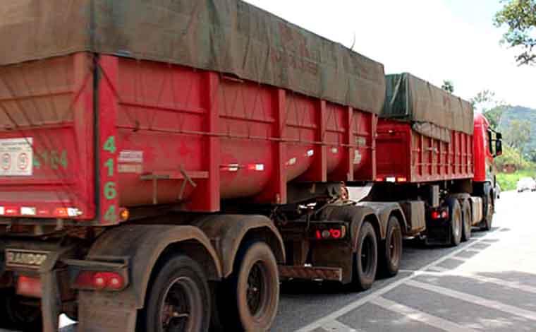 Rodovias mineiras têm restrições de tráfego para veículos de grande porte