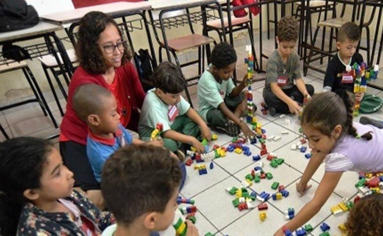 Governo de Minas publica edital com 16.700 vagas para a Educação Básica