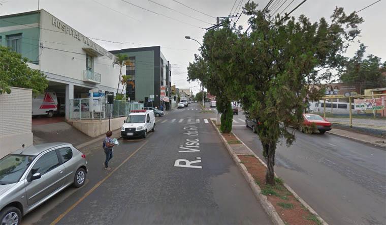 Um homem morre e outro sai ferido em tiroteio em bar de Matozinhos