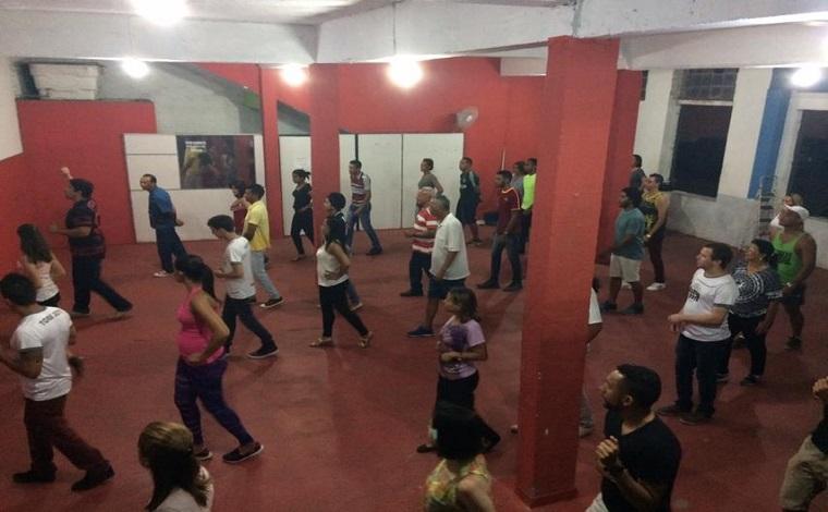 Academia de Forró promove primeira edição de 2018 de sua aula aberta
