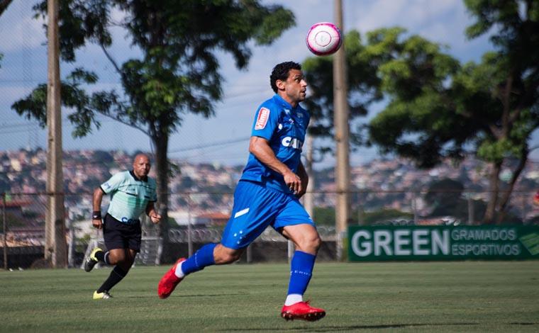 Com dois de Fred, Cruzeiro goleia Guarani em jogo treino