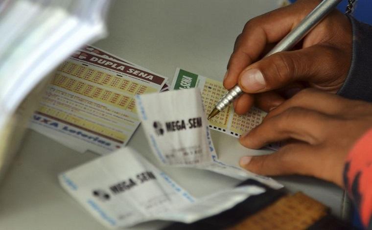 Três apostas dividem prêmio de R$ 12 milhões da Mega Sena