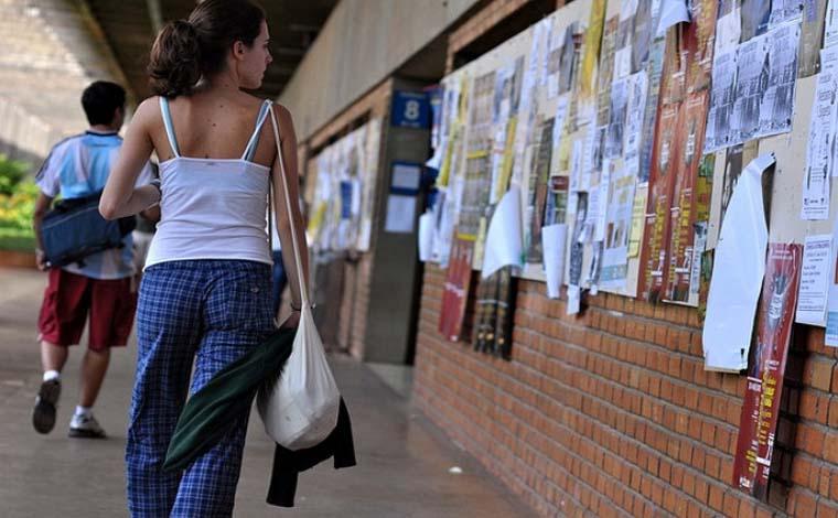 Faculdades terão que devolver taxa de matrícula a alunos desistentes