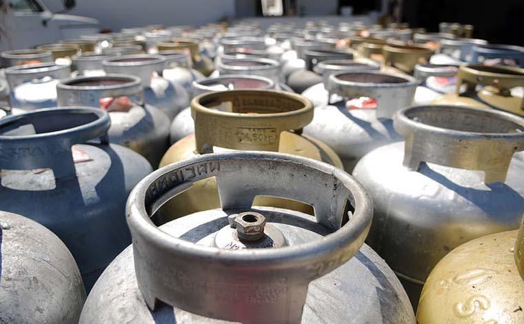 Preço do gás cairá 5% nas refinarias a partir desta sexta-feira