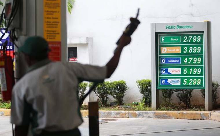Alterado 133 vezes, valor do litro da gasolina sobe 19,5% em seis meses