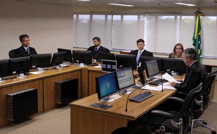 Lula é condenado por desembargadores do TRF4 no caso triplex