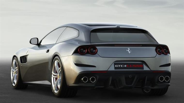 Fotos; Divulgação - Expectativa é de que modelo tenha a mesma mecânica utilizada no GTC4 Lusso, substituto do Ferrari FF