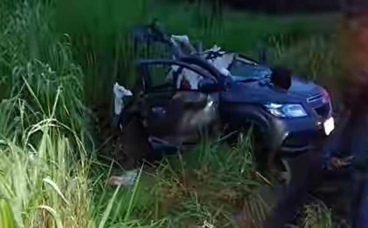 Duas pessoas morrem em acidente na BR 135, próximo a Curvelo