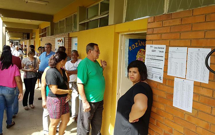 Votação seguiu tranquila pela manhã em Sete Lagoas