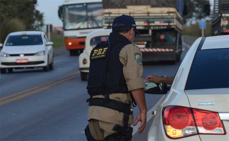 PRF incia operação Carnaval nesta sexta-feira em rodovias de todo o país