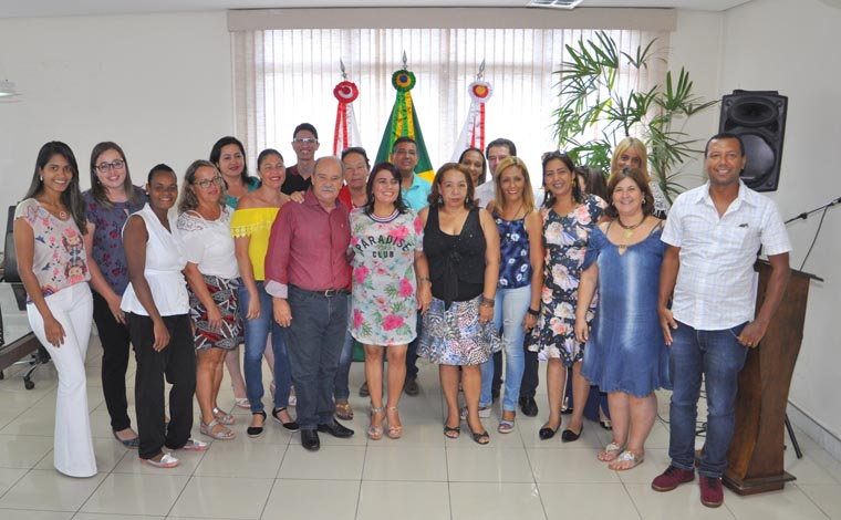 Prefeitura empossa membros do Conselho de Acompanhamento do Fundeb
