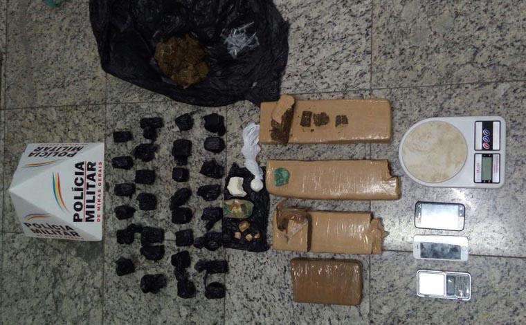 PM prende jovens traficantes no Bairro Itapoã com droga de Caetanópolis