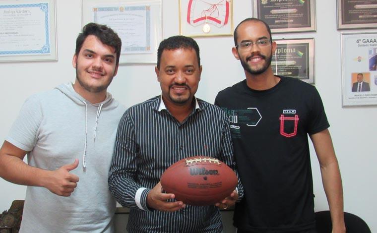 Time de futebol americano de Sete Lagoas volta a treinar na Lagoa da Boa Vista