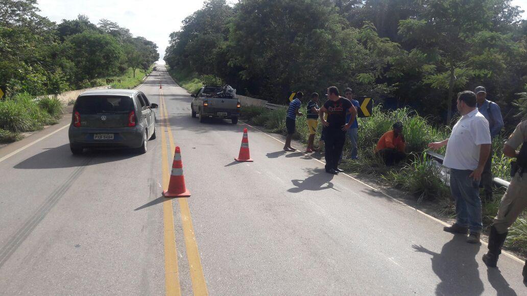 Ciclista é atropelado por micro-ônibus na MG 238, em Funilândia
