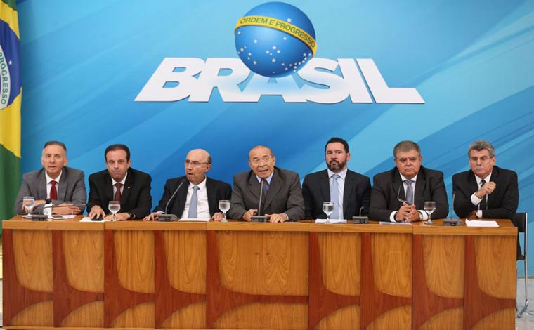 Com intervenção no Rio, governo define pauta alternativa