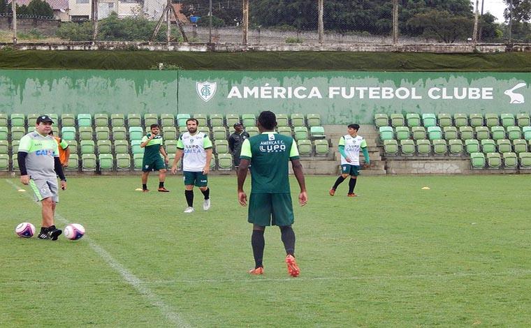 Coelho já está concentrado para o jogo contra o Tombense