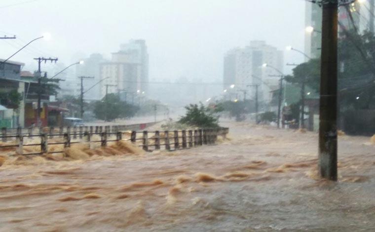 BH recebeu, nesse sábado, a chuva de mais volume deste ano