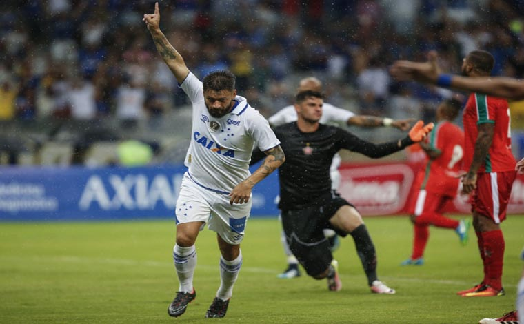 Cruzeiro segue líder do Mineiro e Democrata não sai do 0 a 0 no Módulo II