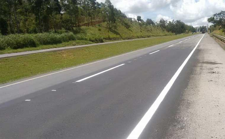 Trechos da BR040 na região continuam com obras no asfalto até sexta-feira