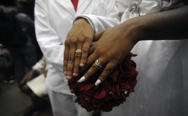 Entidades promovem 1º casamento comunitário homoafetivo de Sete Lagoas