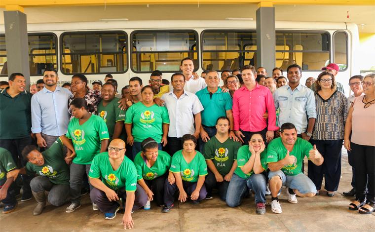 Apae recebe recursos para custeio de transporte via emenda parlamentar