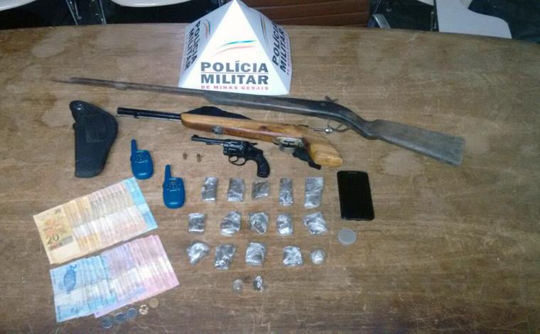Irmão são presos com drogas e armas no Bairro Dom Camilo, em Pedro Leopoldo
