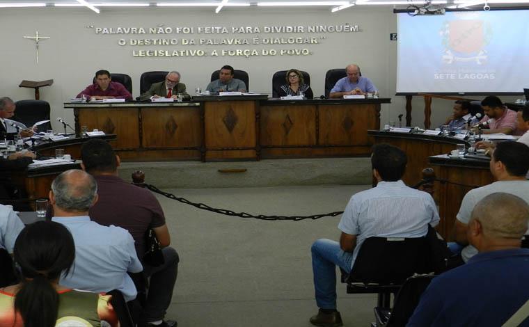 Novo Regimento Interno da Câmara finalmente é aprovado pelos vereadores