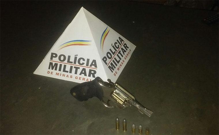 Homem de 56 anos é preso por porte ilegal de arma e ameaça em Matozinhos