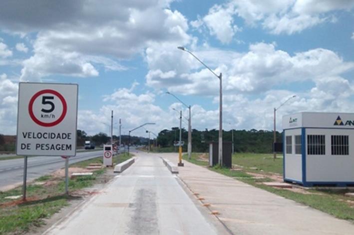 Balanças reativadas já fiscalizaram mais de 1,3 milhão de veículos
