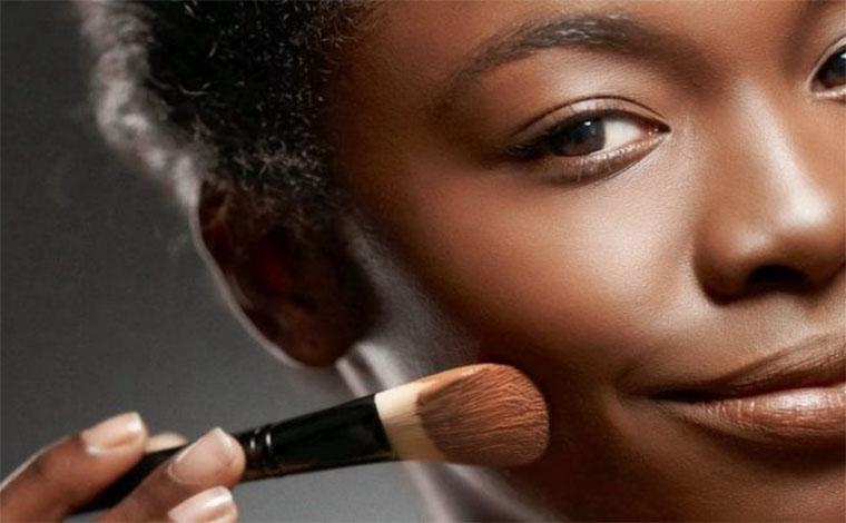 Senac abre inscrições para workshop gratuito de maquiagem