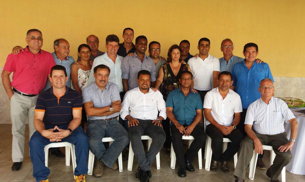 Eleitos fazem compromisso por diálogo entre Executivo e Legislativo