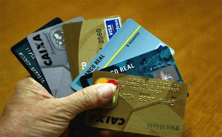 Bancos passarão a oferecer possibilidade de parcelar cheque especial