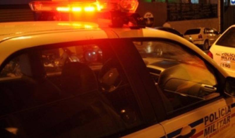 PM prende dupla suspeita de assaltos em cidades da região