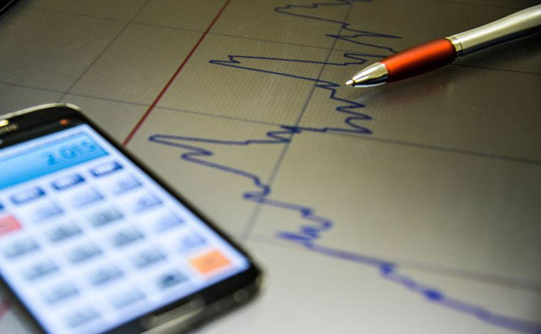 Redução da taxa de juros torna poupança mais atrativa, segundo Anefac