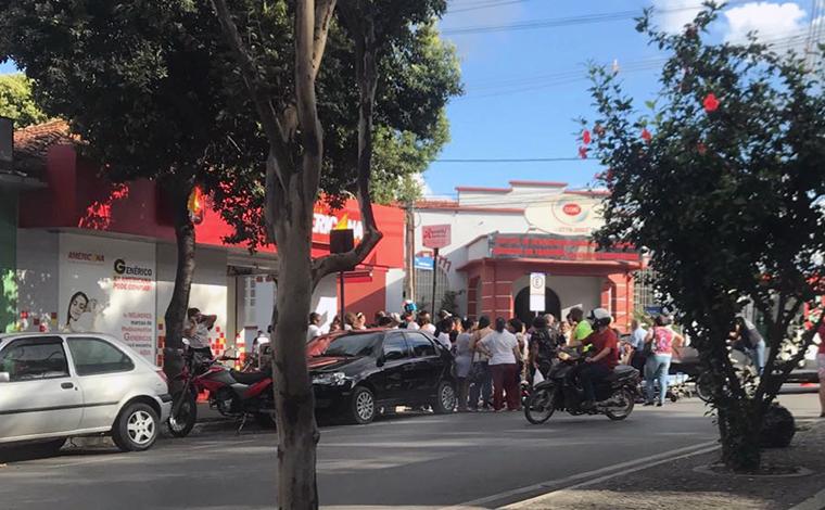 Acidente deixa uma pessoa ferida e trânsito lento no Centro de Sete Lagoas