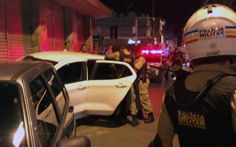 Motorista é preso após provocar acidente no Centro de Sete Lagoas