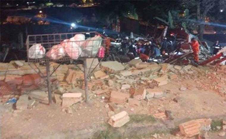 Desabamento de imóvel deixa oito feridos na Região Norte da Capital