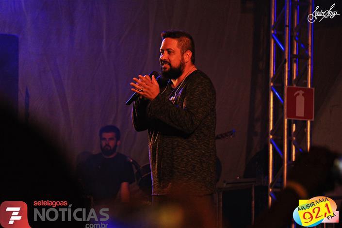 Veja fotos do show do cantor gospel Fernandinho em Sete Lagoas