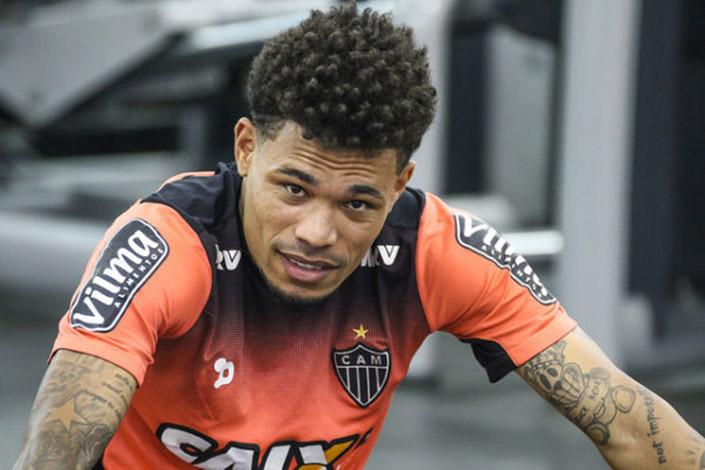 Galo encara Botafogo buscando se manter na briga pelo título