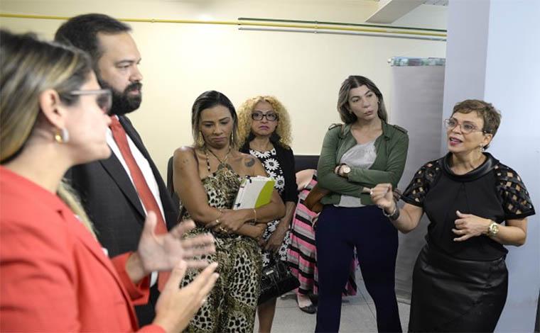 Foto: Guilherme Bergamini - Parlamentares da Comissão Extraordinária das Mulheres ouviram relatos de pacientes do hospital Eduardo de Menezes, primeiro ambulatório voltado a esse segmento da população