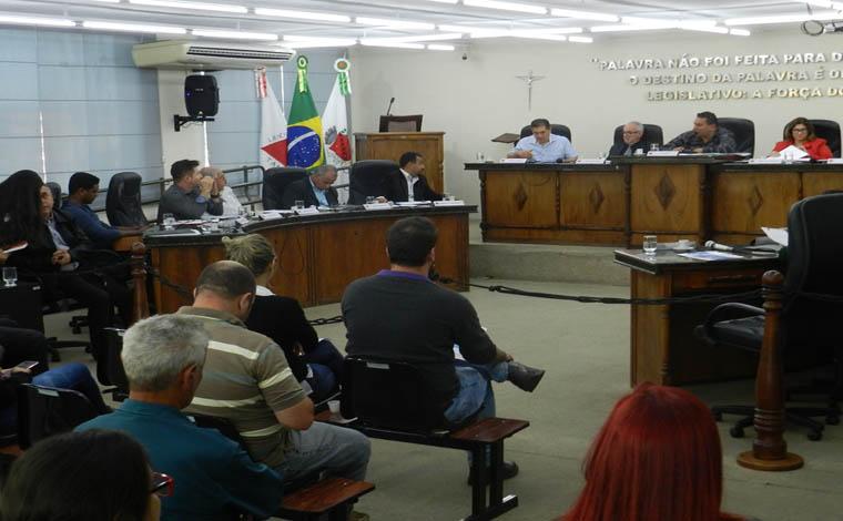 Em sessão movimentada, Saúde é tema de debate na Câmara de Sete Lagoas