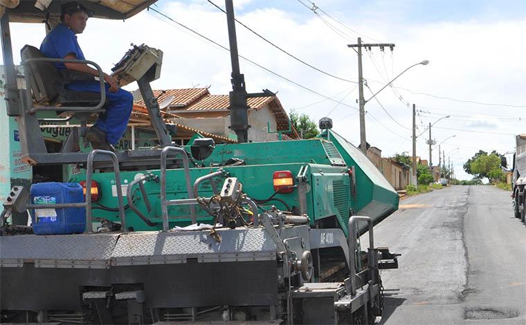 Prefeitura revela atrasos do Governo Federal e paralisa obras em Sete Lagoas