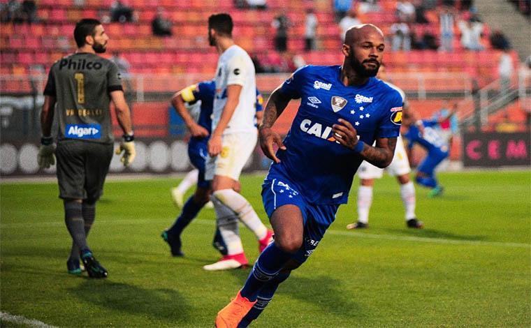 Cruzeiro se impõe e vence a primeira fora de casa pelo Brasileirão