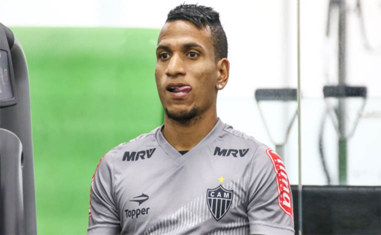 Jornais da capital dizem que Otero deixará o Galo  rumo ao futebol árabe