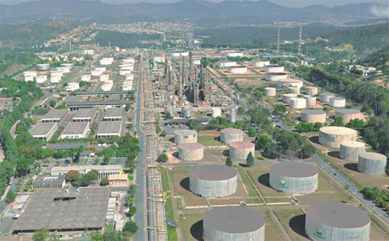Petroleiros contrariam decisão do TST e iniciam greve por queda dos preços