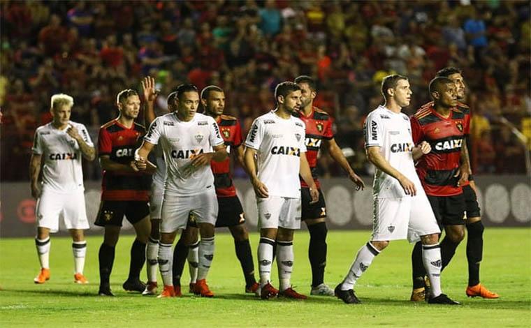 Em jogo de viradas no placar, Galo é derrotado pelo Sport no Recife