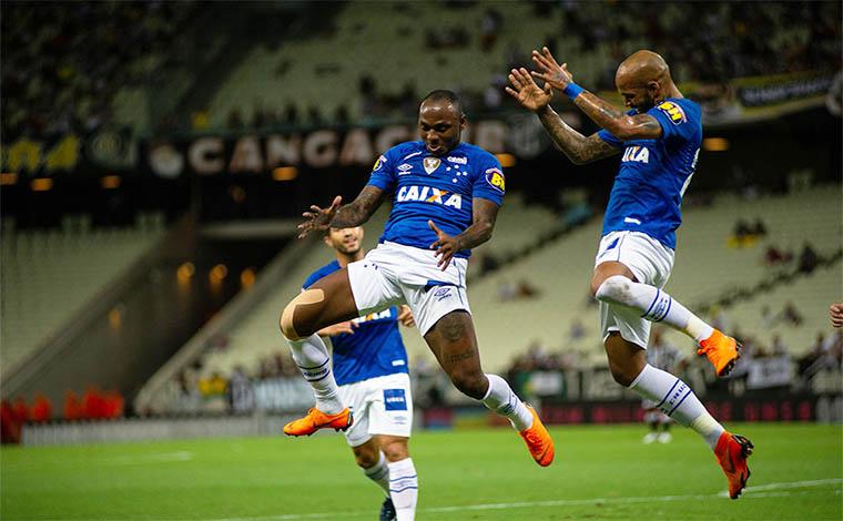 Cruzeiro vence mais uma e chega à vice-liderança do Brasileirão