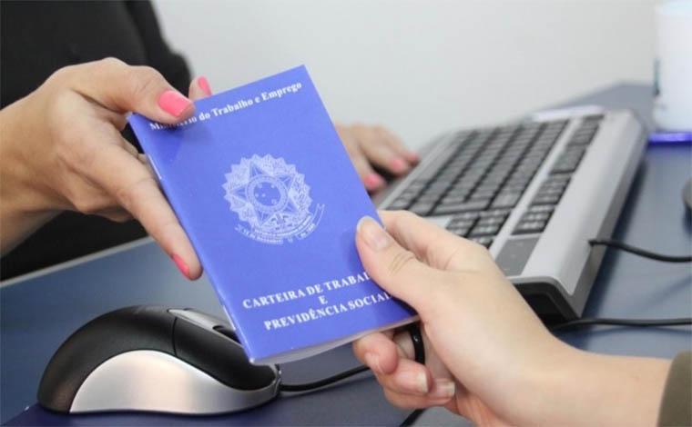 Empresa de Sete Lagoas contrata auxiliar de Departamento Pessoal